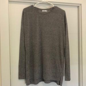 Vince Silver Gray Metallic Knit Long Sleeve Blouse